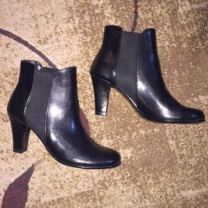 A2 by Aerosoles Black Booties